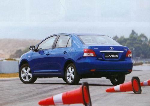 一汽丰田威驰外观图片高清图片