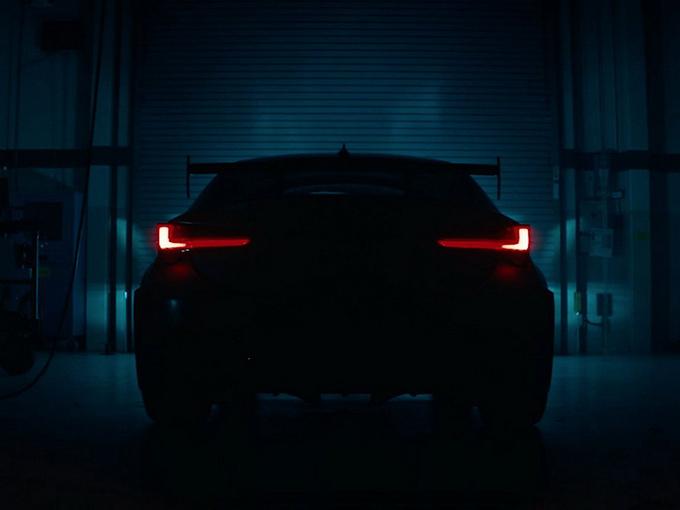 雷克萨斯新款轿跑曝光 搭5.0L V8引擎/下周亮相-图1